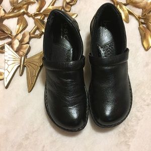 Born Black Clogs Size 7.5
